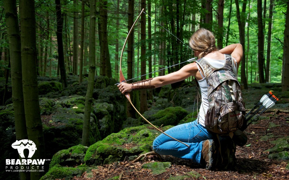 wallpaper-archery-girl-outdoor